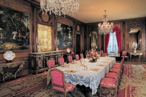 11_Dining room 300 dpi-Hillwood